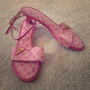 Strappy LV sandal